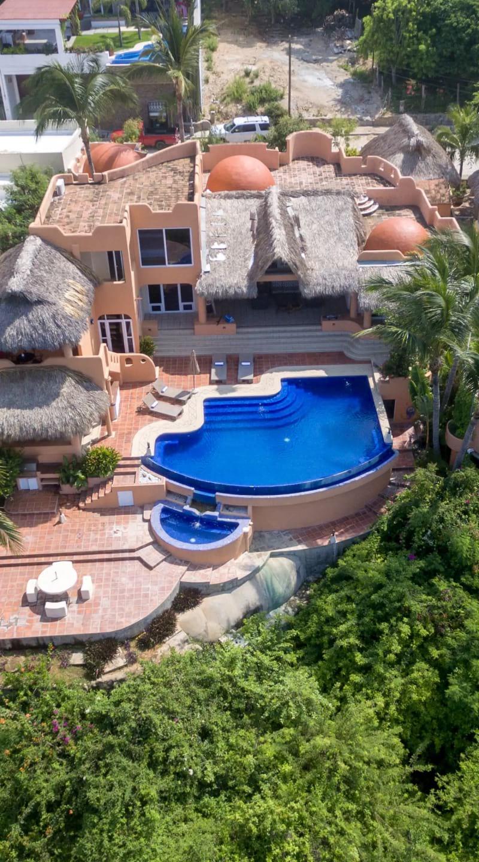 Luxurious Oceanfront Villa, Puerto Escondido