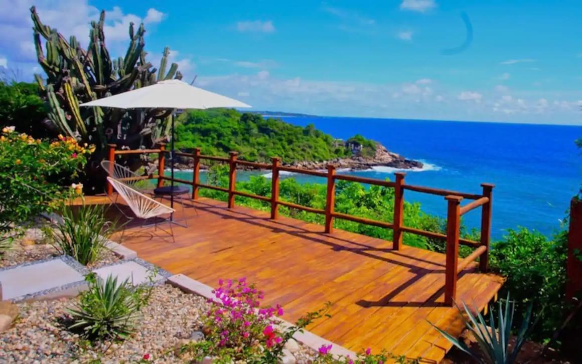 Stunning oceanfront home, Puerto Escondido