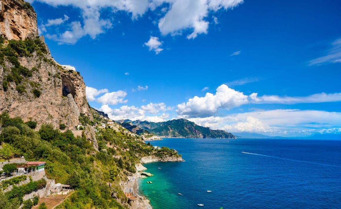 What to Expect from Airbnbs in the Amalfi Coast Entire Flats
