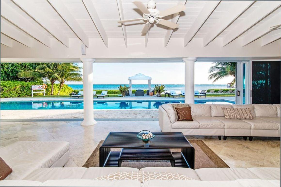 Villa Mora, Cayman Island