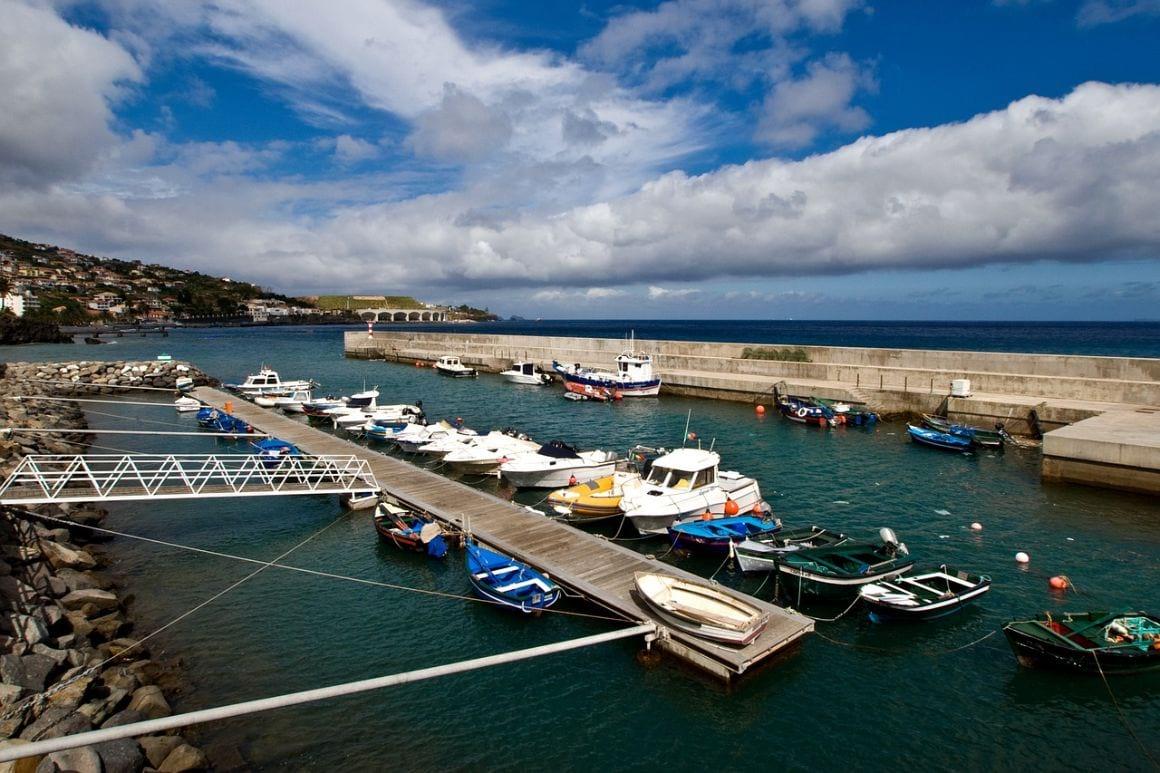 Madeira Santa Cruz Port