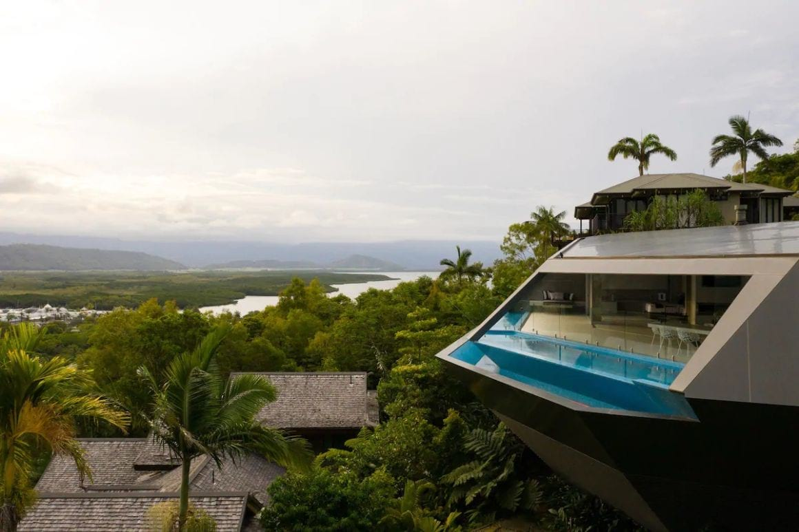 The Edge, Port Douglas