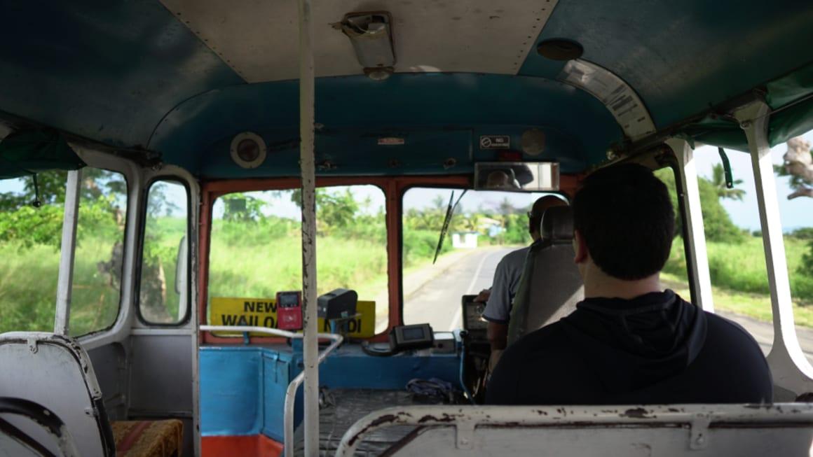 how to get around Fiji cheap