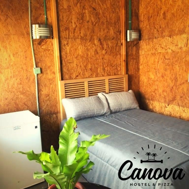 Canova Hostel and Pizza Puerto Vallarta