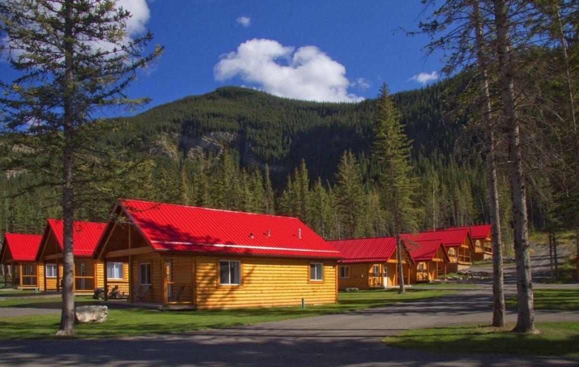Jasper East Cabins, Jasper National Park 1