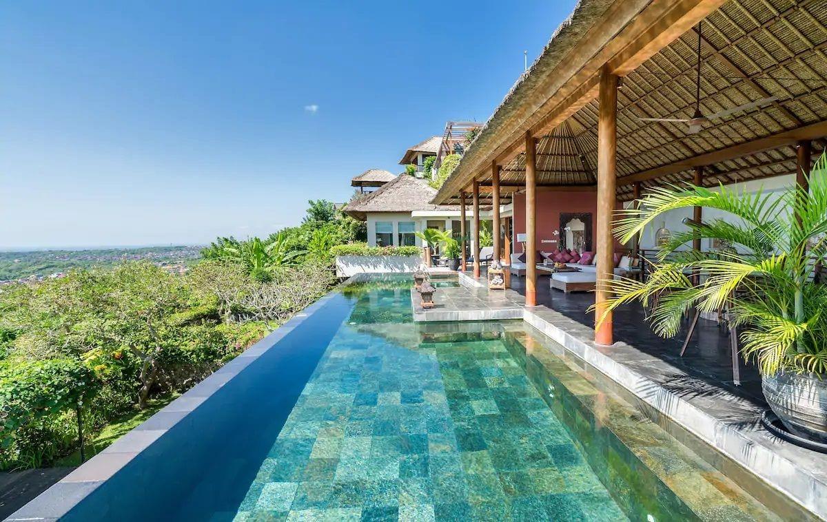Villa Longhouse in Jimbaran