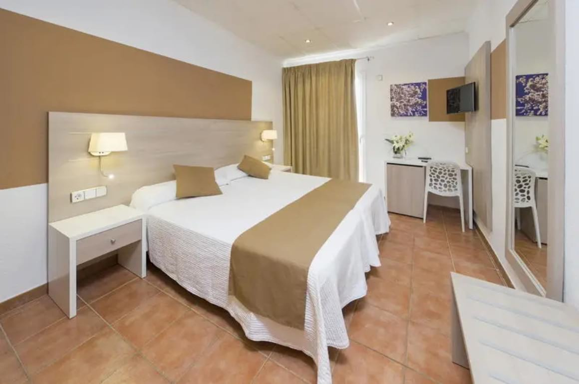 cheap places to stay in Ibiza 2