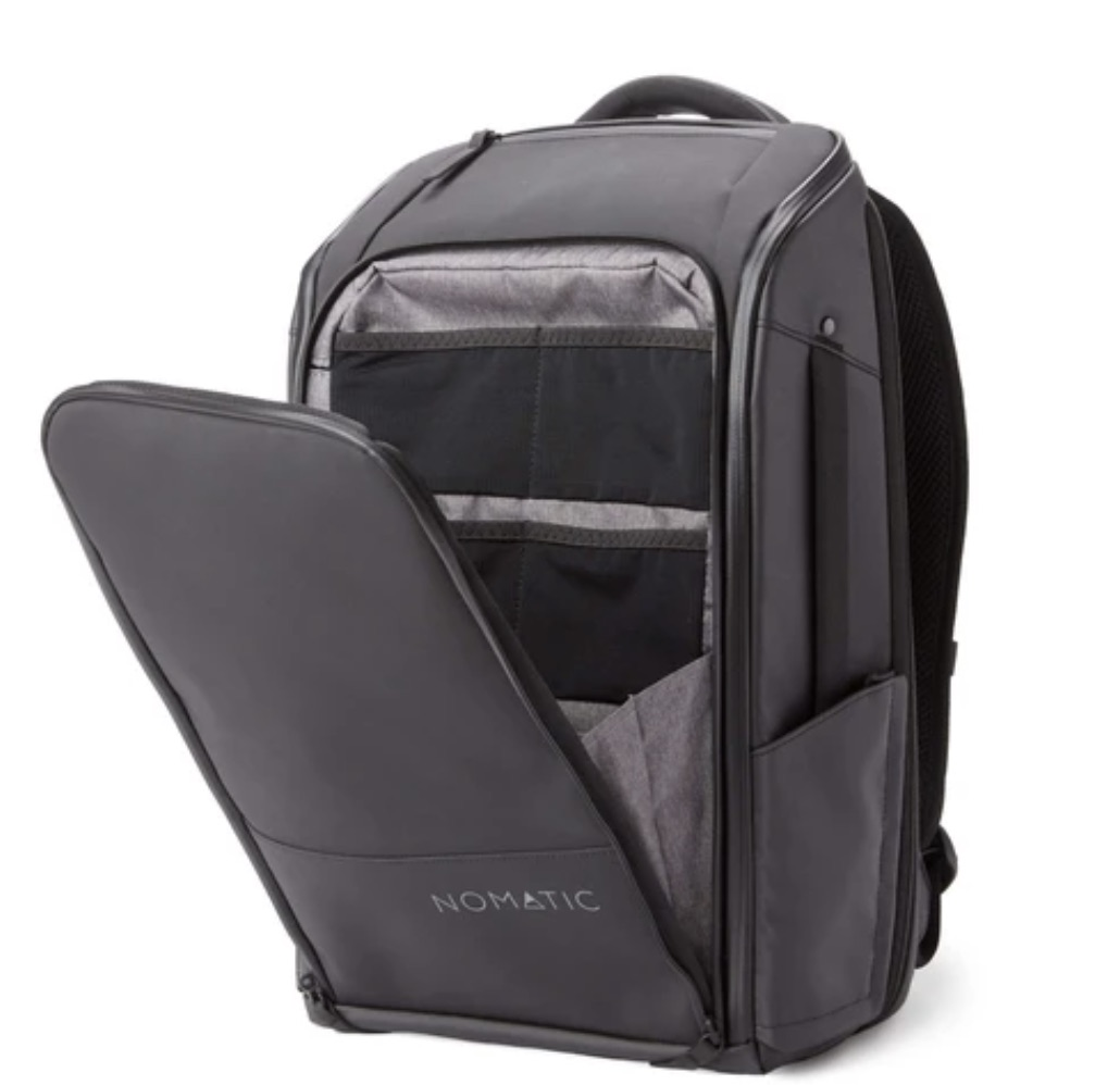 nomatic backpack black