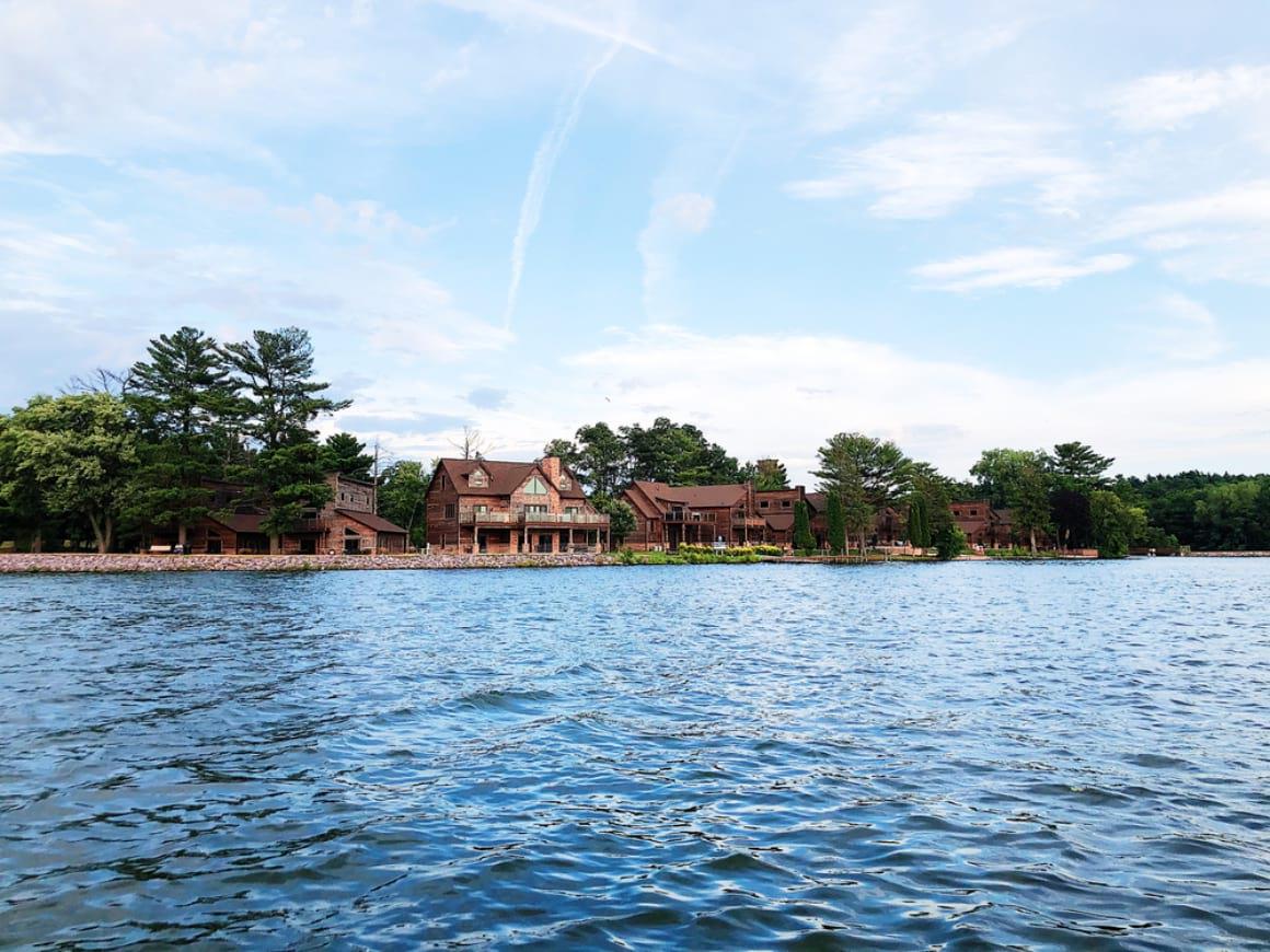 Lake Delton Wisconsin Dells 2