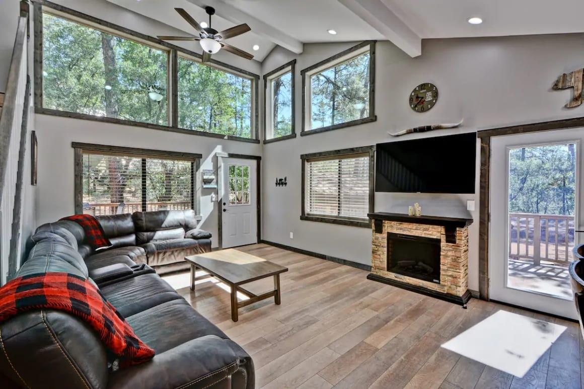 Remodeled Pine Cabin