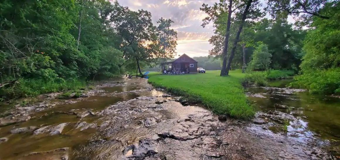 Cabin on the Creek Missouri