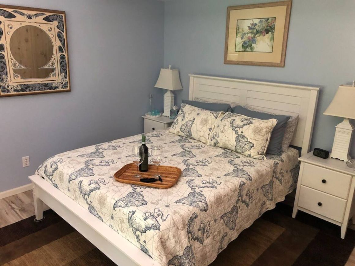 Grand Traverse Experience Bed and Breakfast Michigan