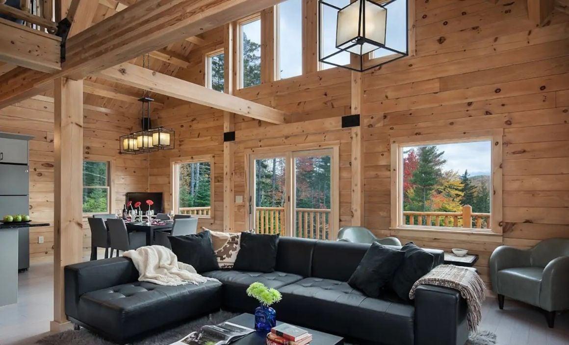 Bear Ridge Lodge, New Hampshire