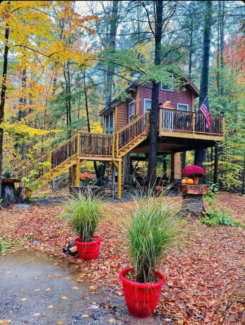 Treehouse at Plummer Shores, New Hampshire