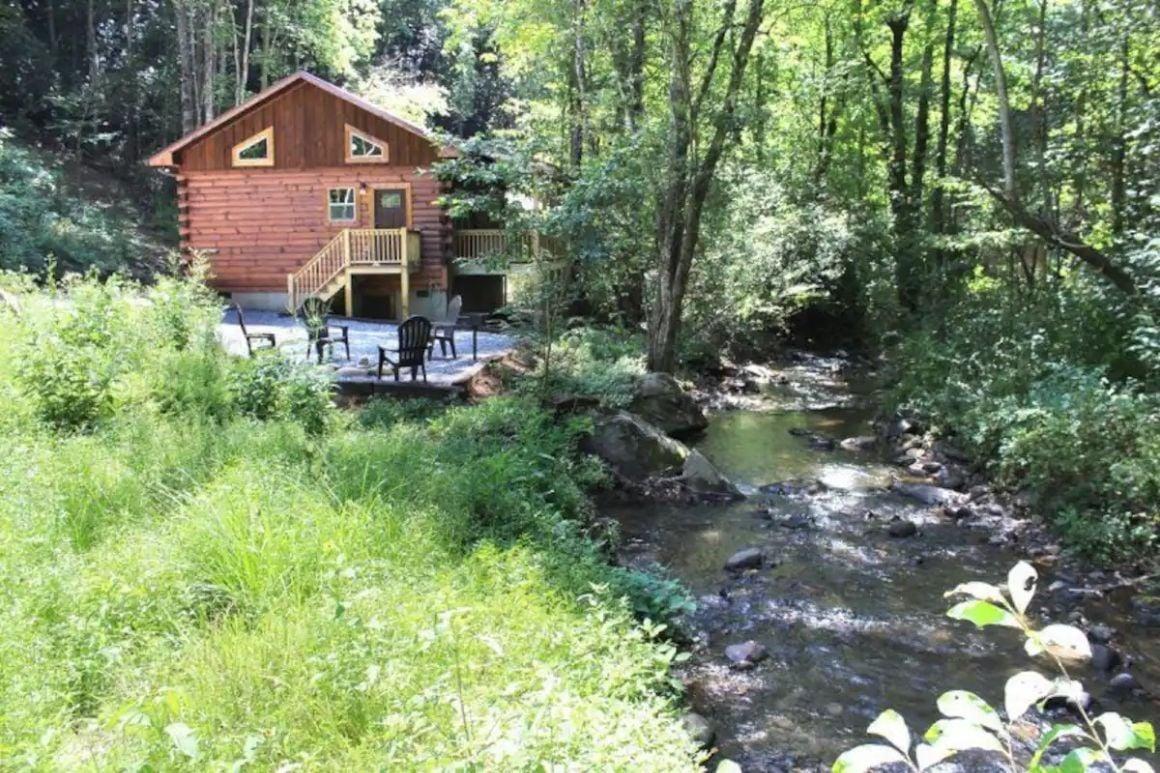 Creekside Honeymoon Heaven, North Carolina
