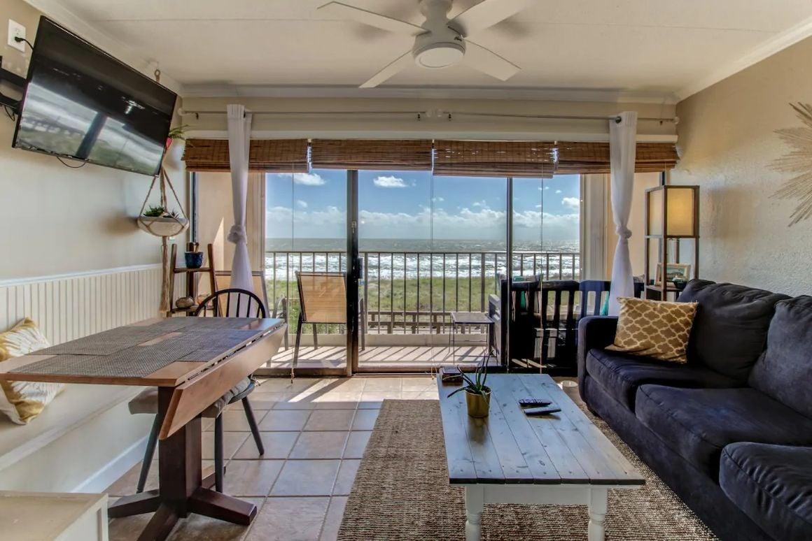 Oceanfront Condominium, North Carolina