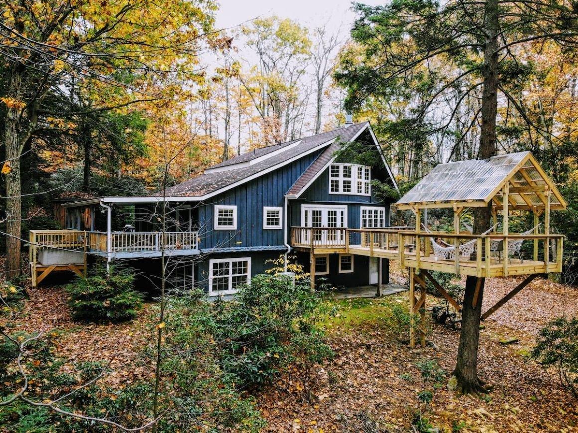 The Treehouse Chalet Pennsylvania