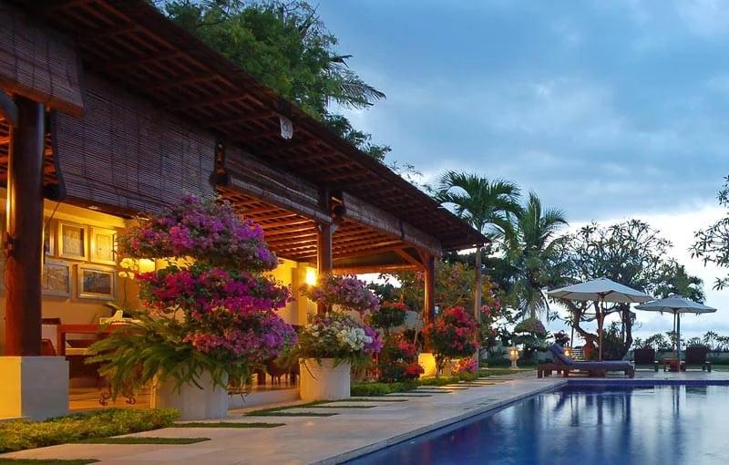 Frangipani Lovina Bali