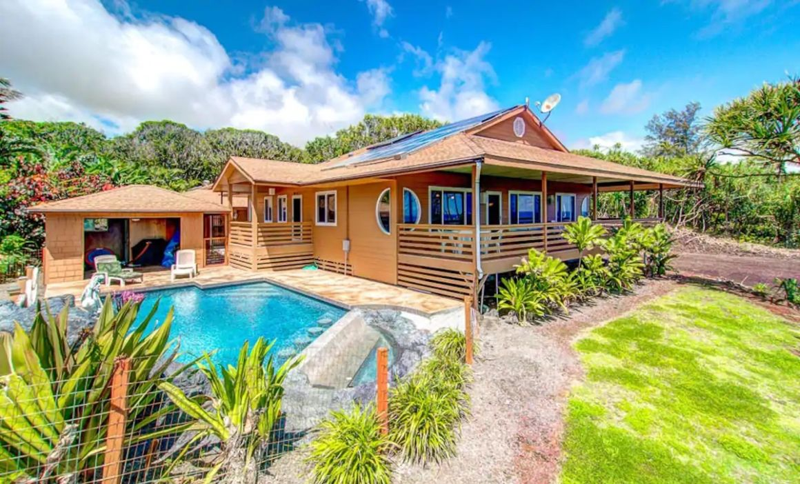 Kai Malolo Eco-Lodge in Hawaii