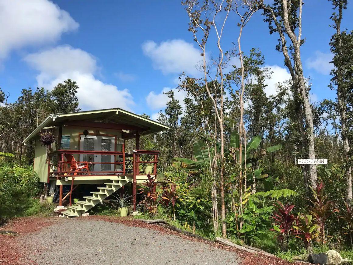 Rainforest Eco-Lodge in Hawaii
