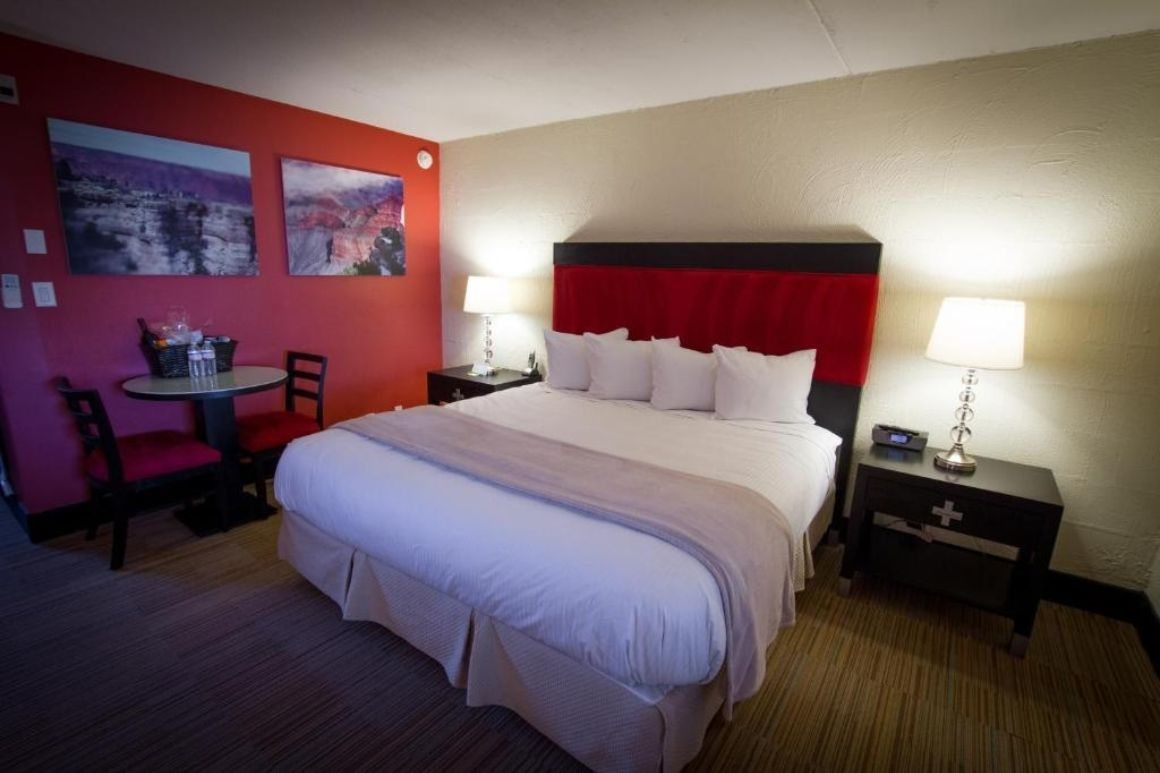 The Clarendon Hotel and Spa best hostels in Phoenix