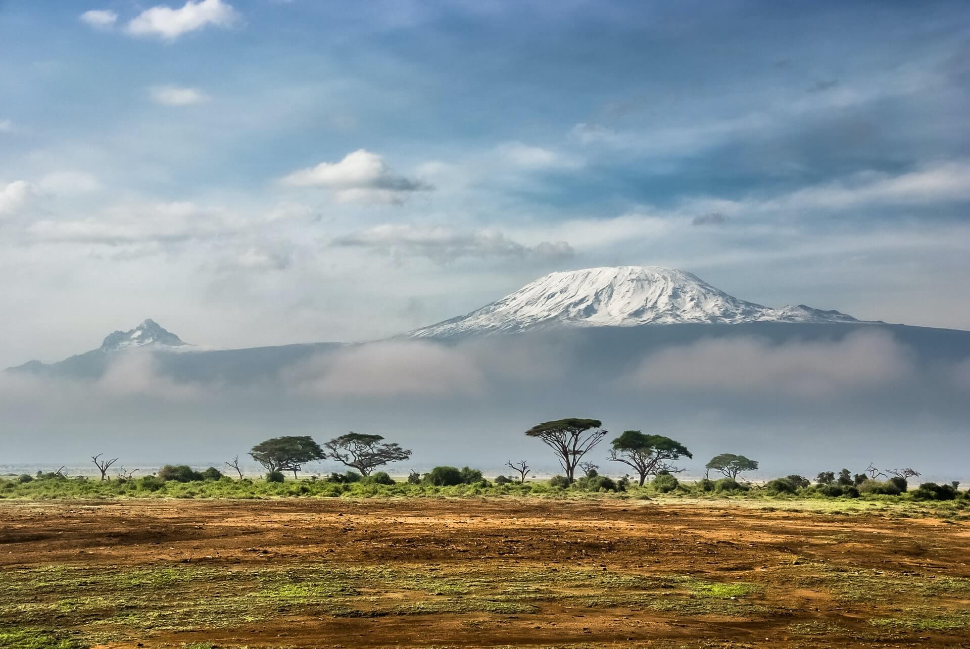 mt kilimanjaro view travel bucket list