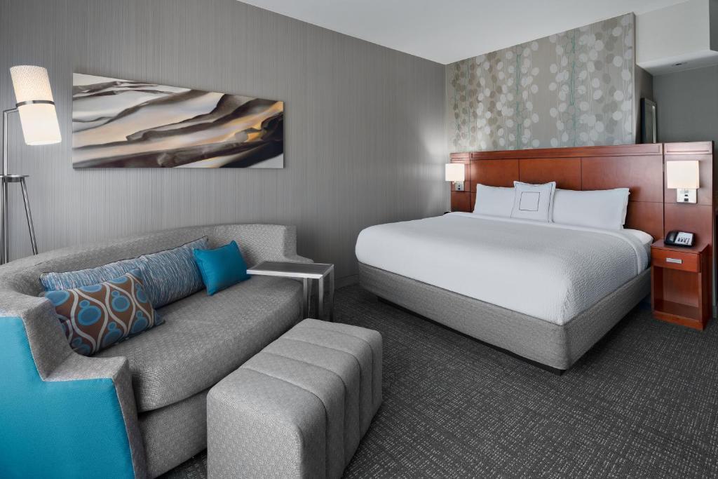 Best Hotel in University Height Courtyard Flagstaff