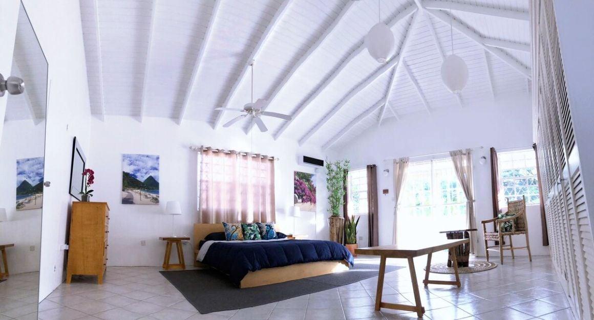 Entire Apartment in a Quiet Cul-de-sac St Lucia