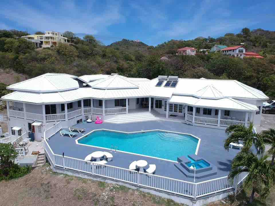 Whole Villa with a 40-Foot Pool in Cap Estate