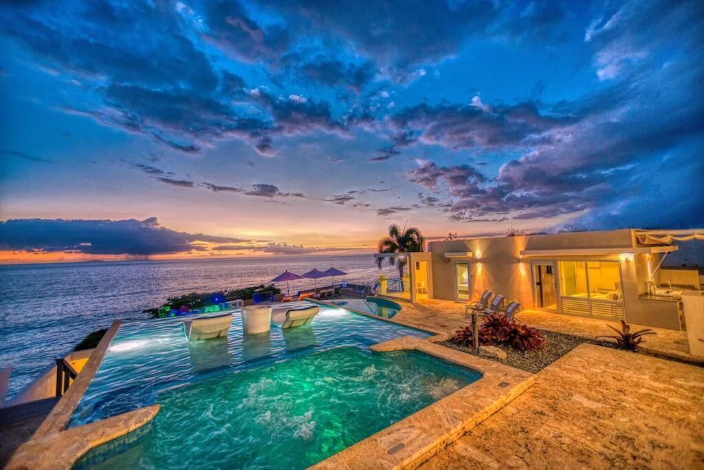 7 Bed Luxury Oceanside Villa