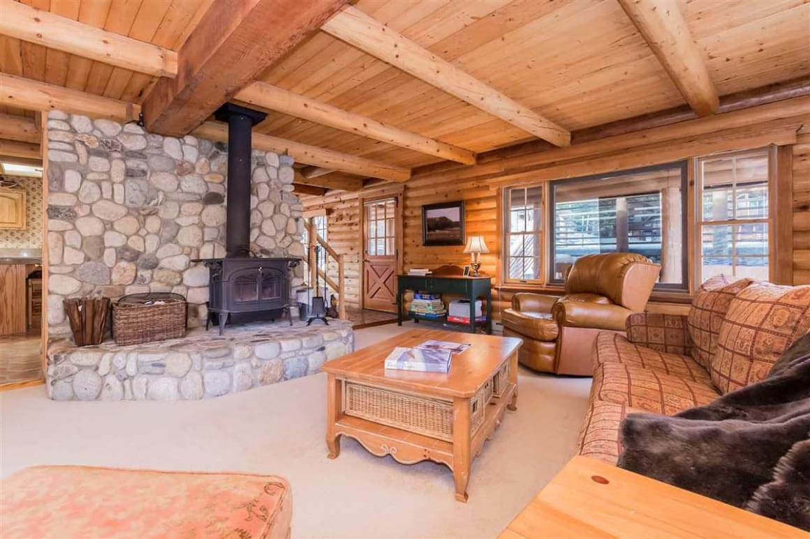 Awesome Log Cabin