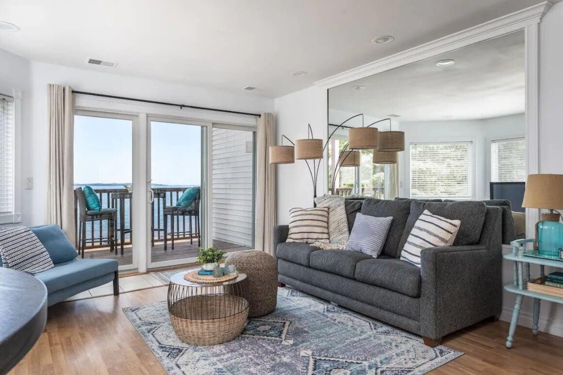Beachfront Apartment with Balcony