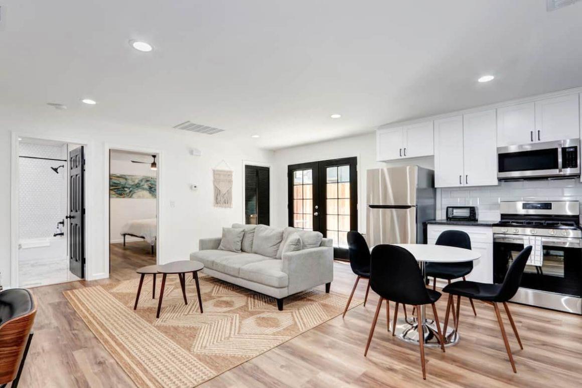 Best Luxury Airbnb in Sacramento Modern 1 Bedroom