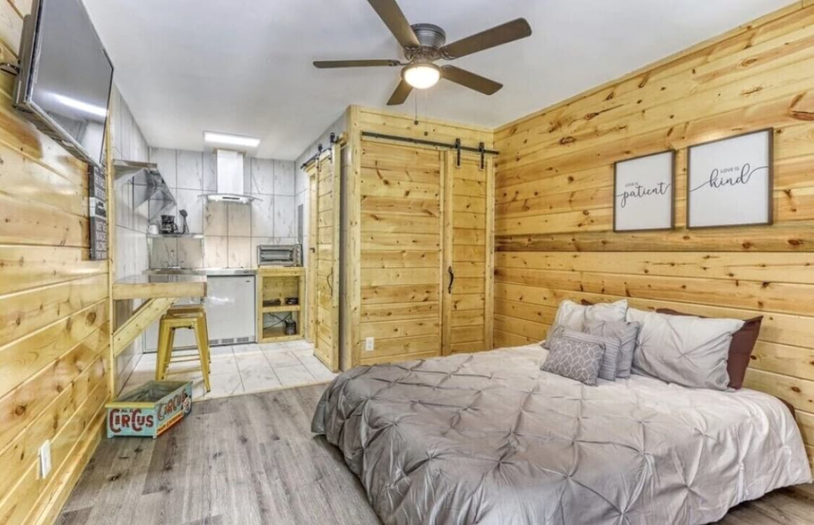 Cabin like Studio