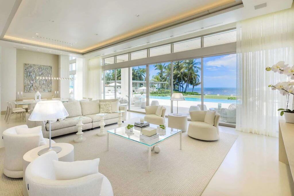 Extravagant White Beach Villa for 10