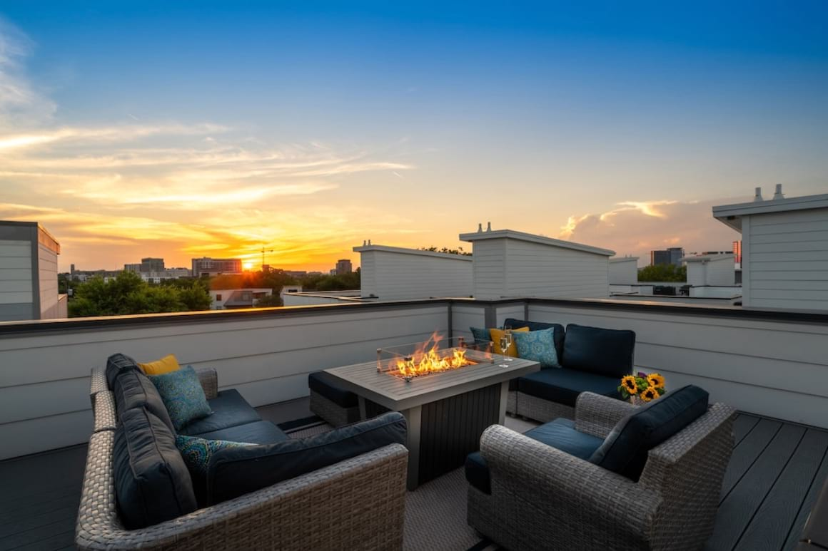 House with Rooftop Firepit