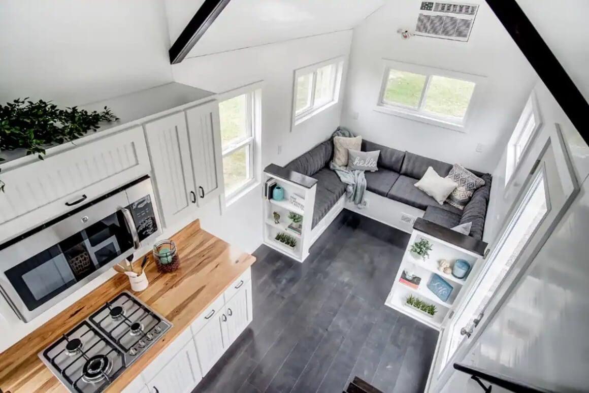 Modern and Bright Tiny Home Studio