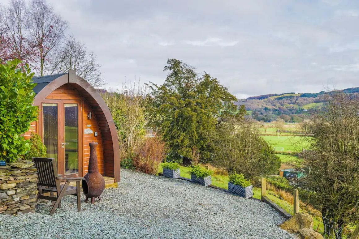 Pod Cottage on a Farm, Close, to Amenities