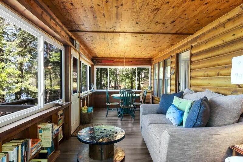 Spider Lake Cabin