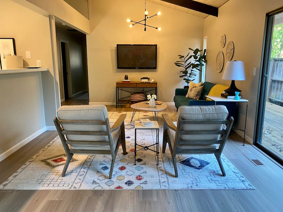 2 Bedroom Flat in Downtown St Helena Napa