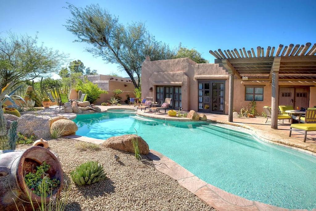 4 Bed Desert Oasis with Pool Phoenix