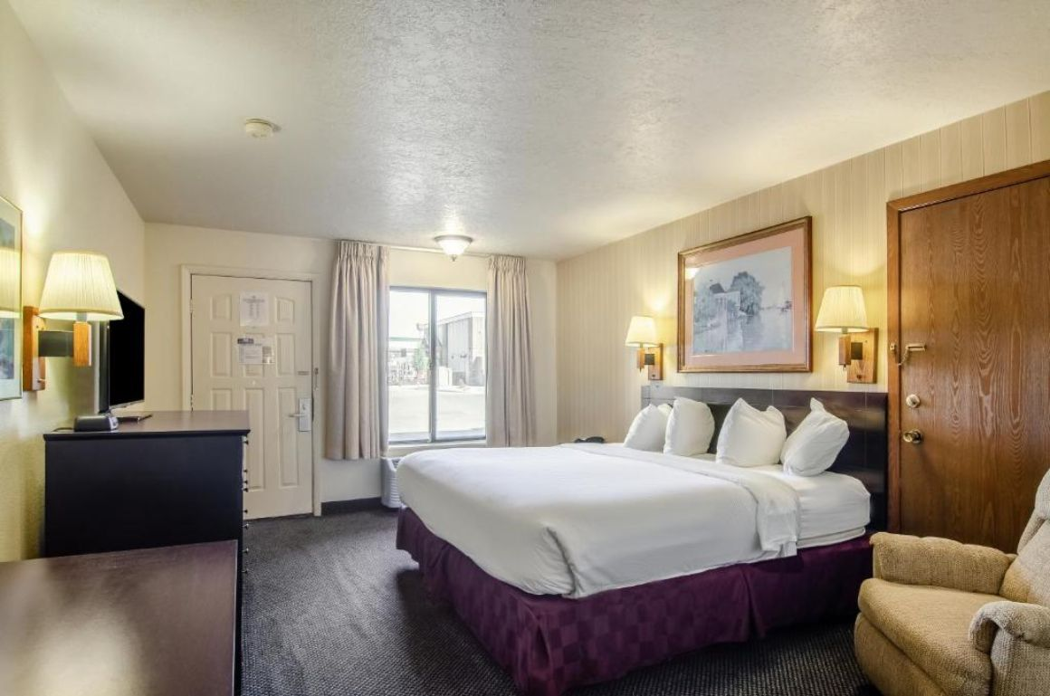Americas Best Value Inn and Suites Ft Collins