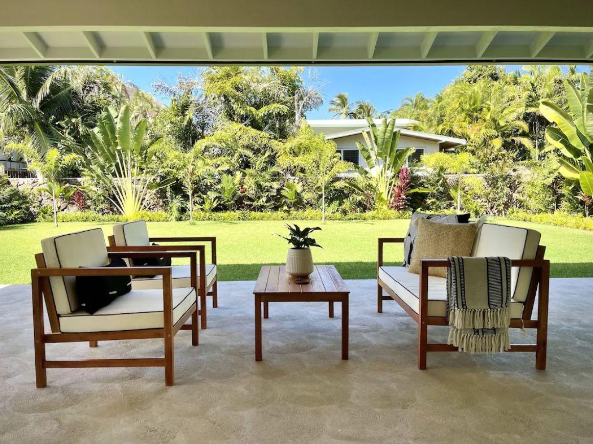 Beautiful Modern 2 Bed Home with Yard Oahu