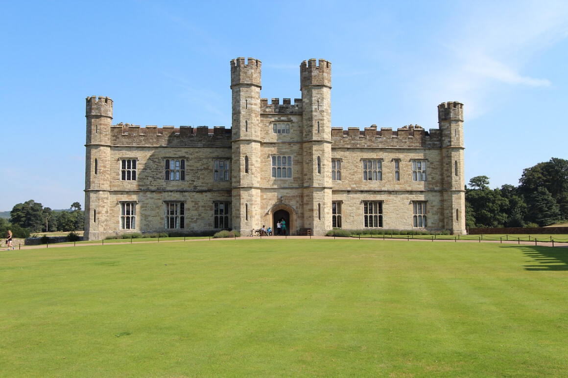 Day Trip to Leeds Castle