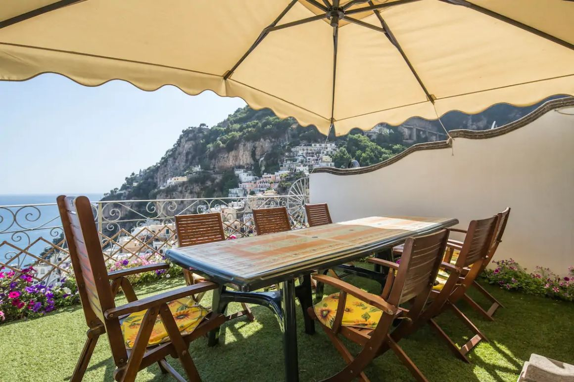 Entire villa near everything with terrace Positano