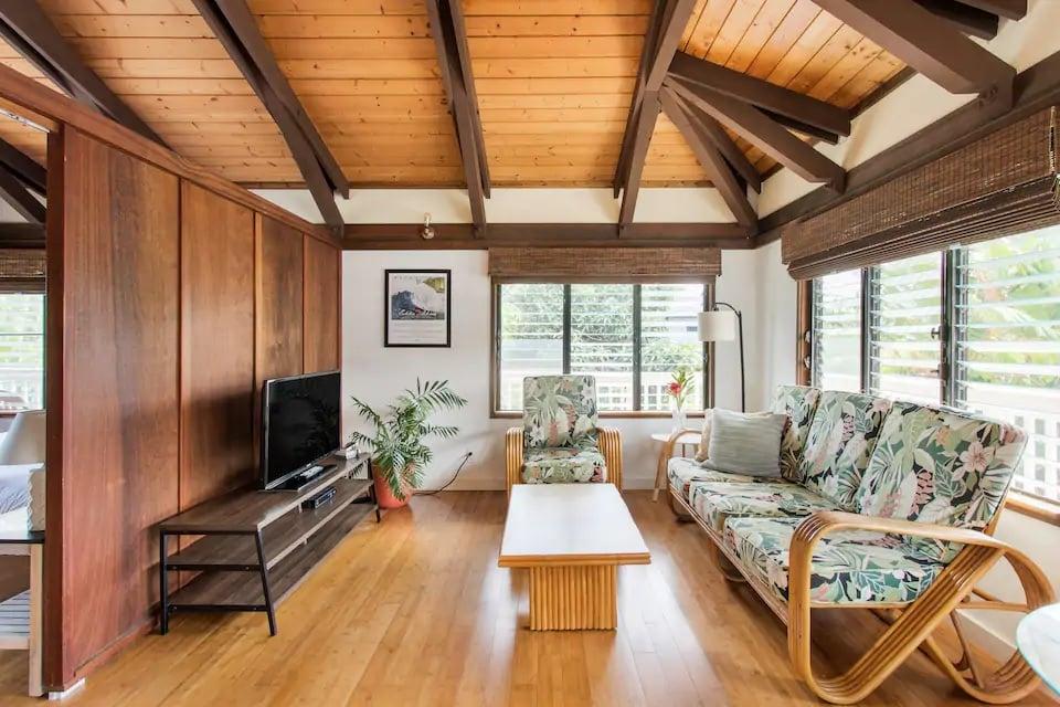 Gorgeous Modern Hawaiian Home for 2 Kauai