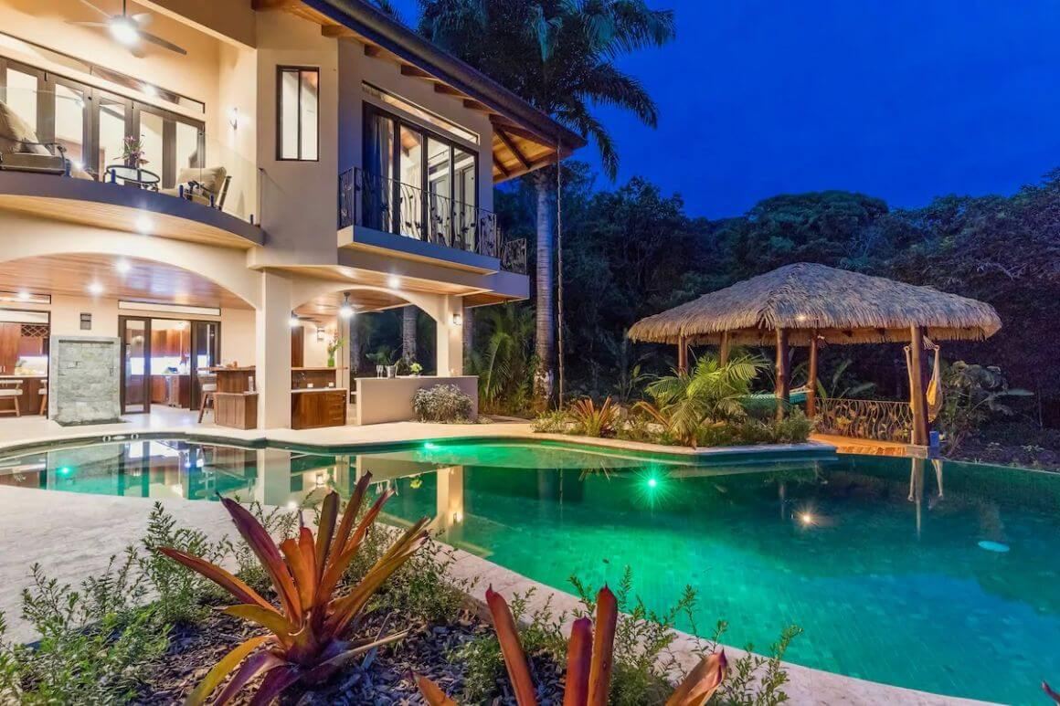 Luxurious 3 Bed Villa with Ocean Views Costa Rica