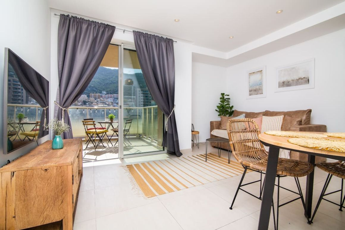Luxury modern apartment with exceptional views Gibraltar