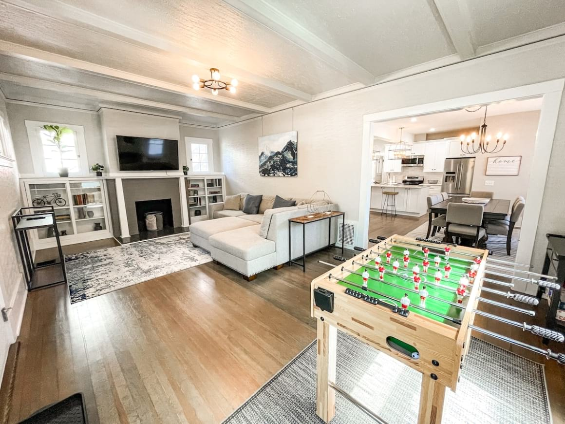 Modern Meets Traditional 4 Bed Townhouse