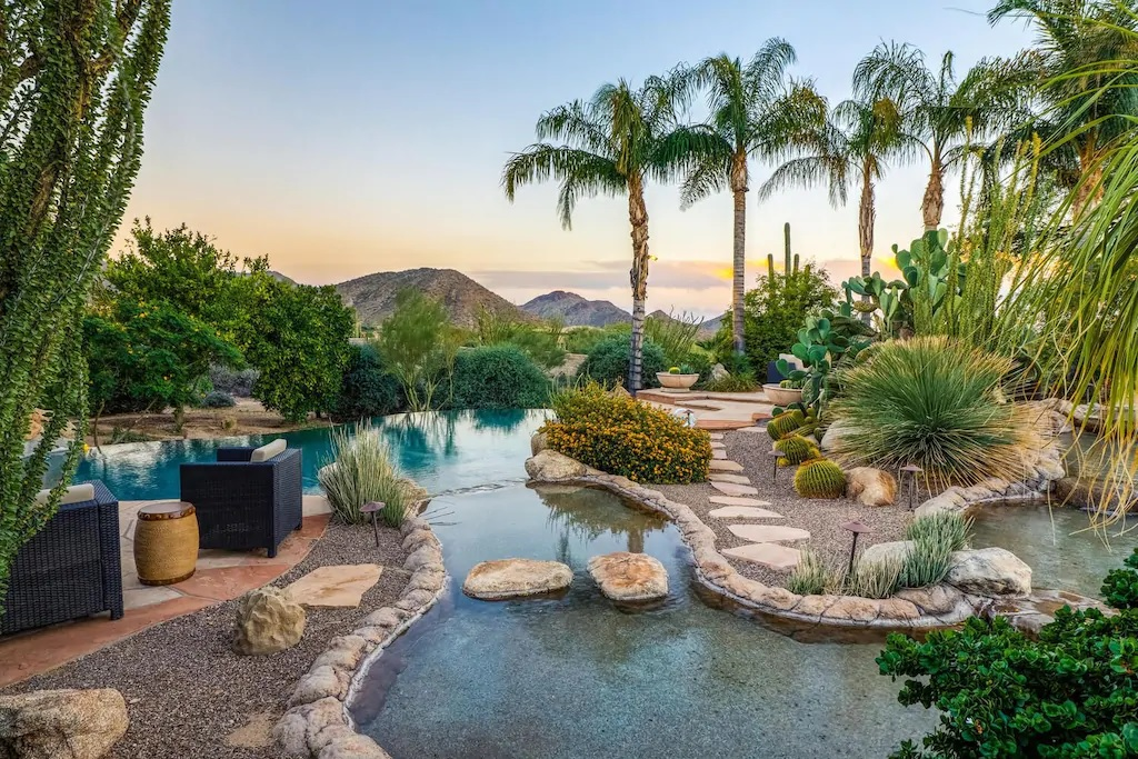 Palm Springs Style 6 Bed Estate Phoenix